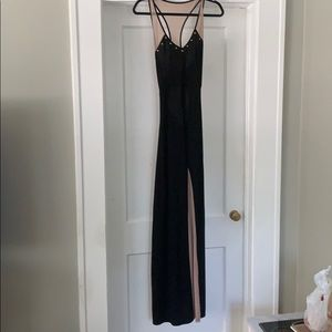 Stretchy tan and black maxi dress